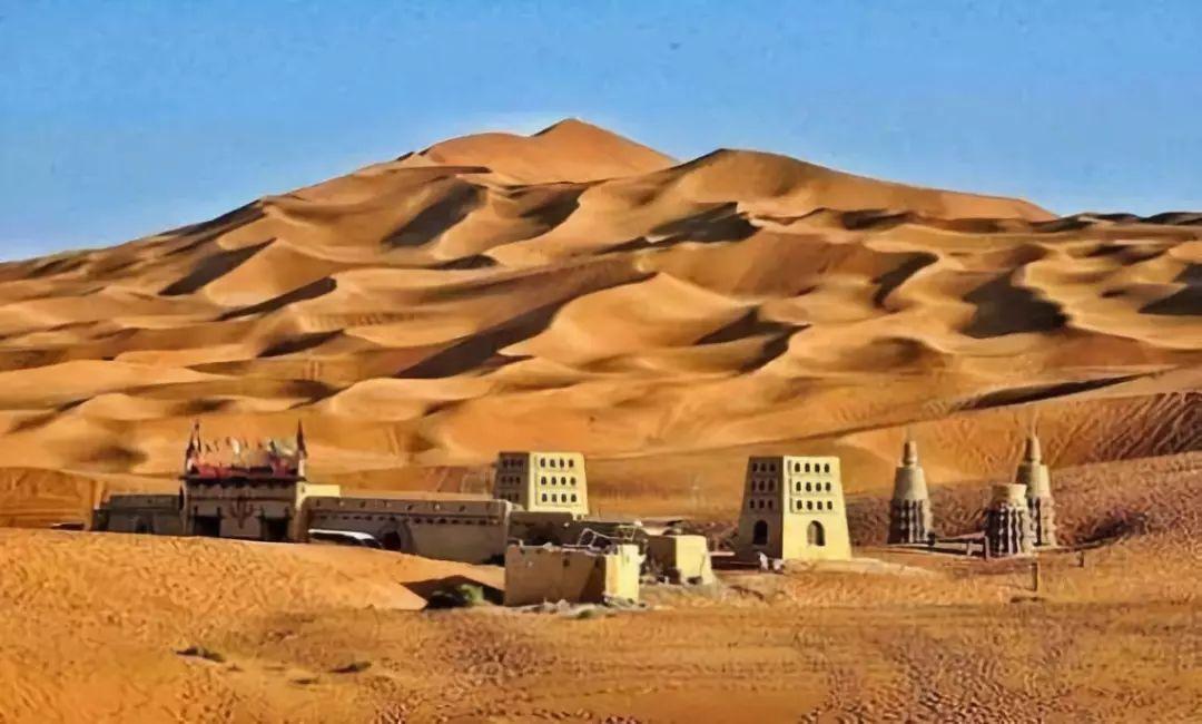 C60【楼兰之春】 南宁、乌鲁木齐、天山天池、吐鲁番、库木塔格沙漠、大巴扎双飞6日游